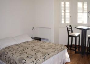 Moderno y luminoso apartamento de un ambiente en Palacio Salvo
