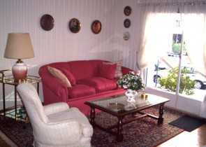 Spacious furnished apartment some meters away from the beach in Pocitos