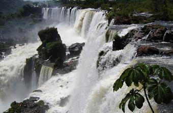 Tours To Iguazu Falls From Montevideo